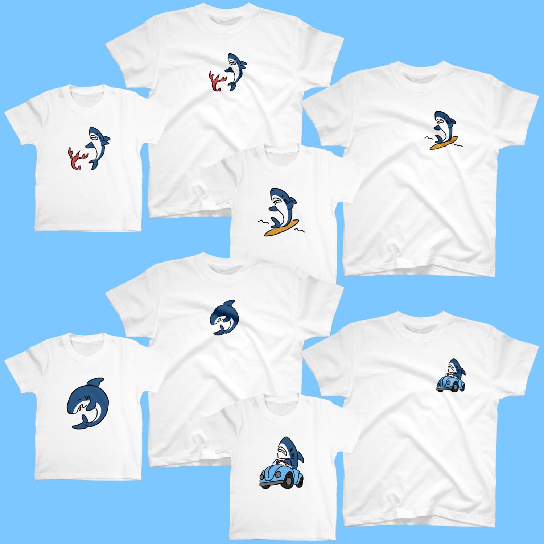 ひかえめなサメのTシャツ