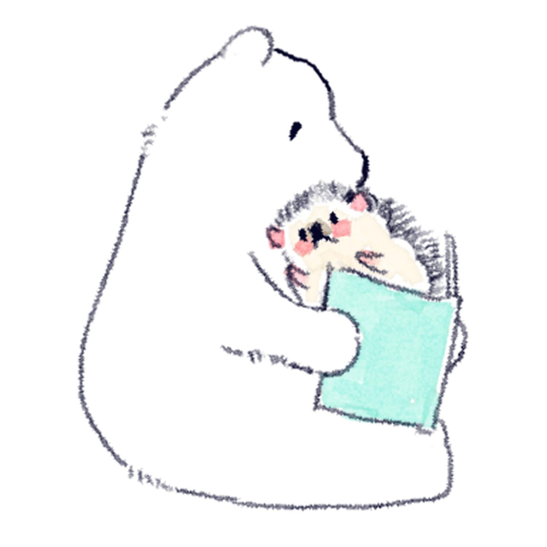 シロクマに本を読んでもらうハリネズミのソフィー