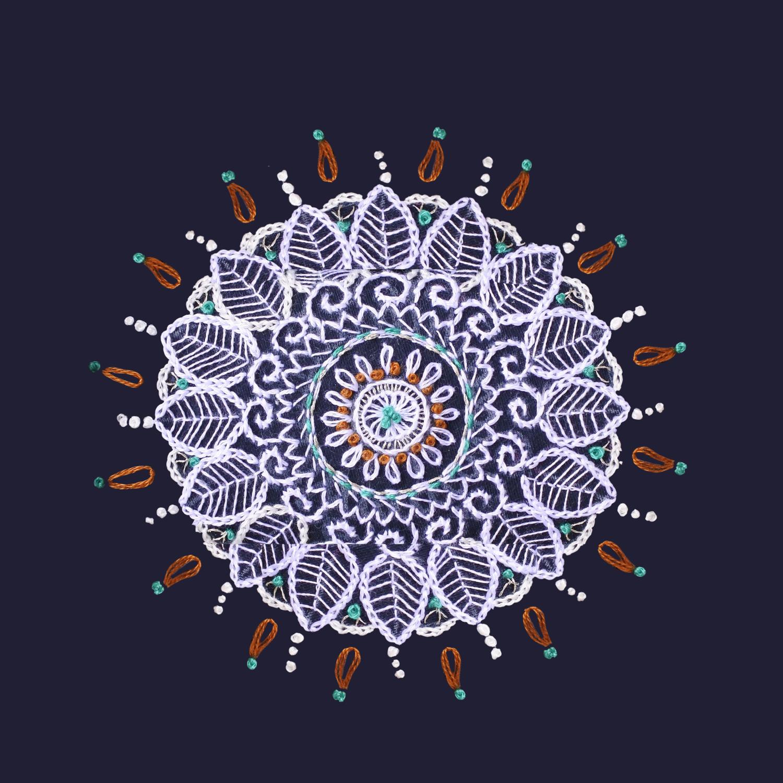 ✸ アラベスク刺繍 ✸