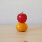 リンゴとミカン ( kokochino )