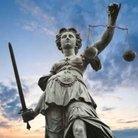 正義 ( ahorseisafish )